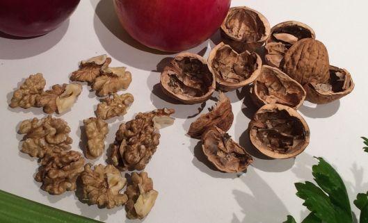 m walnuts