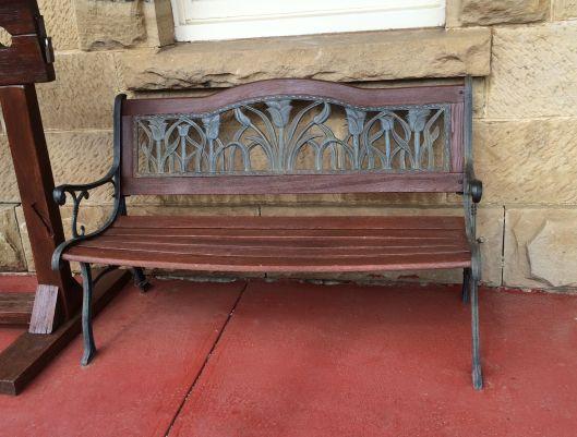 bench metal 1