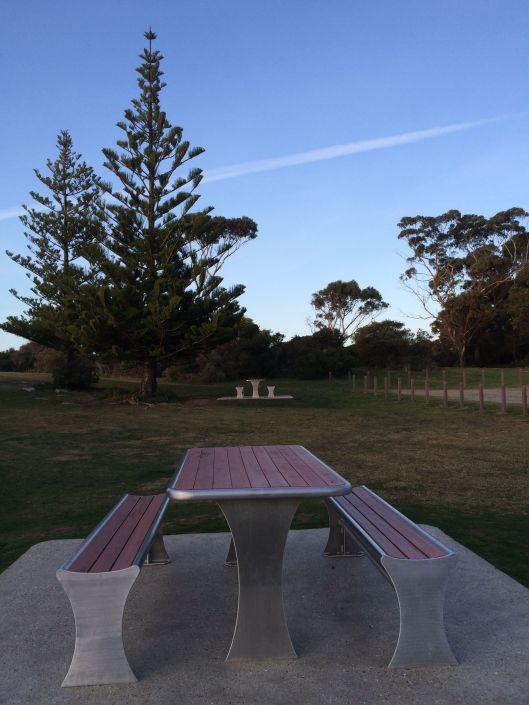 bench metal 3