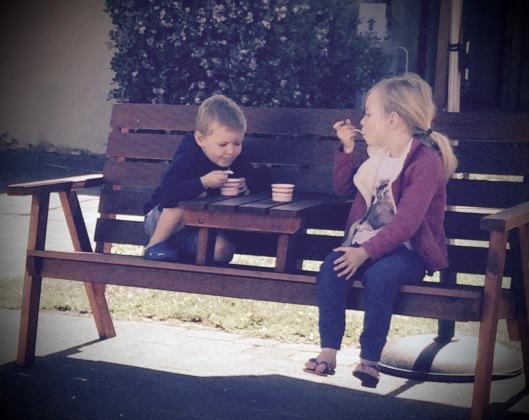 bench kids