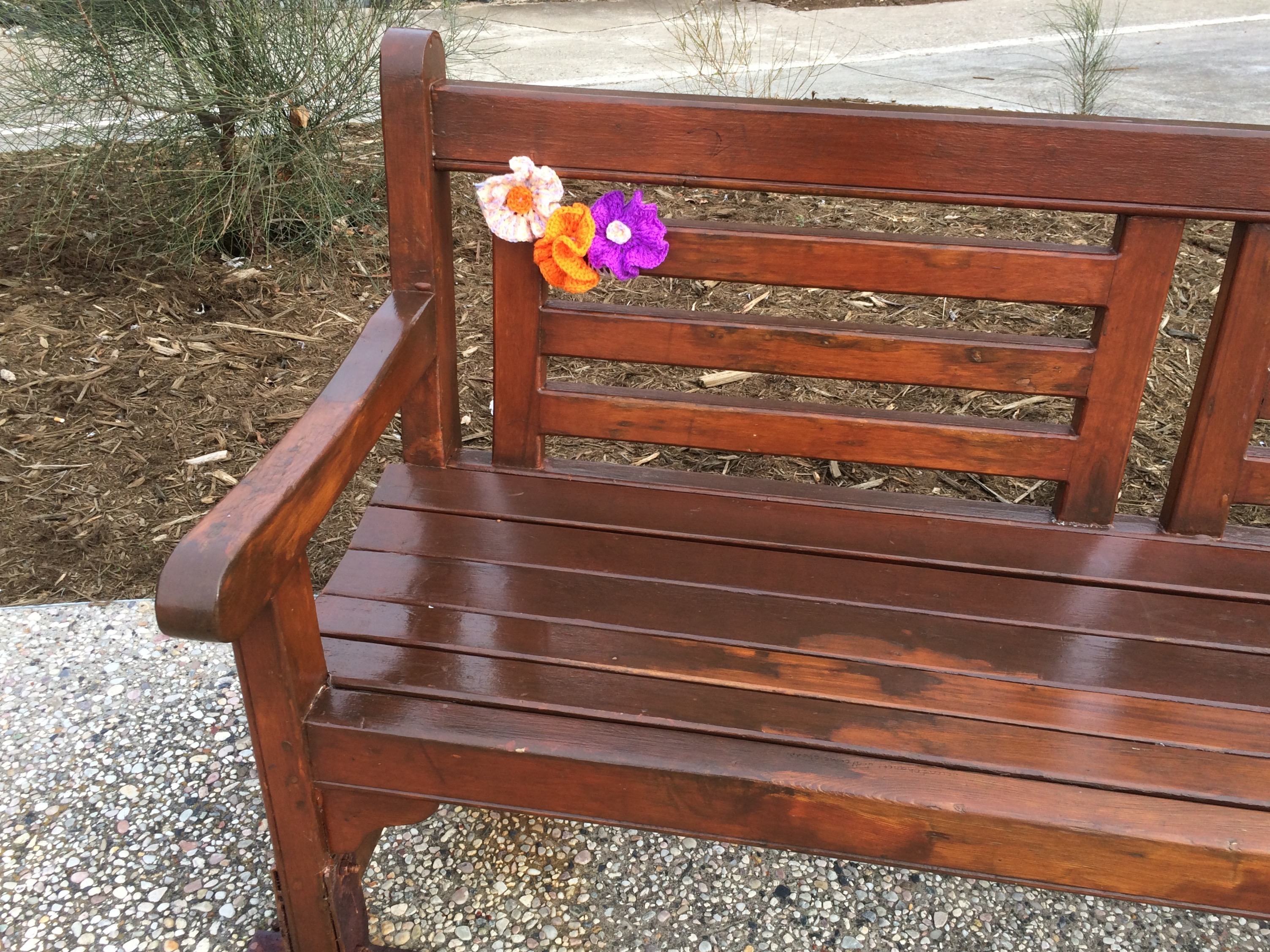 yarn bombing bench - photo #21