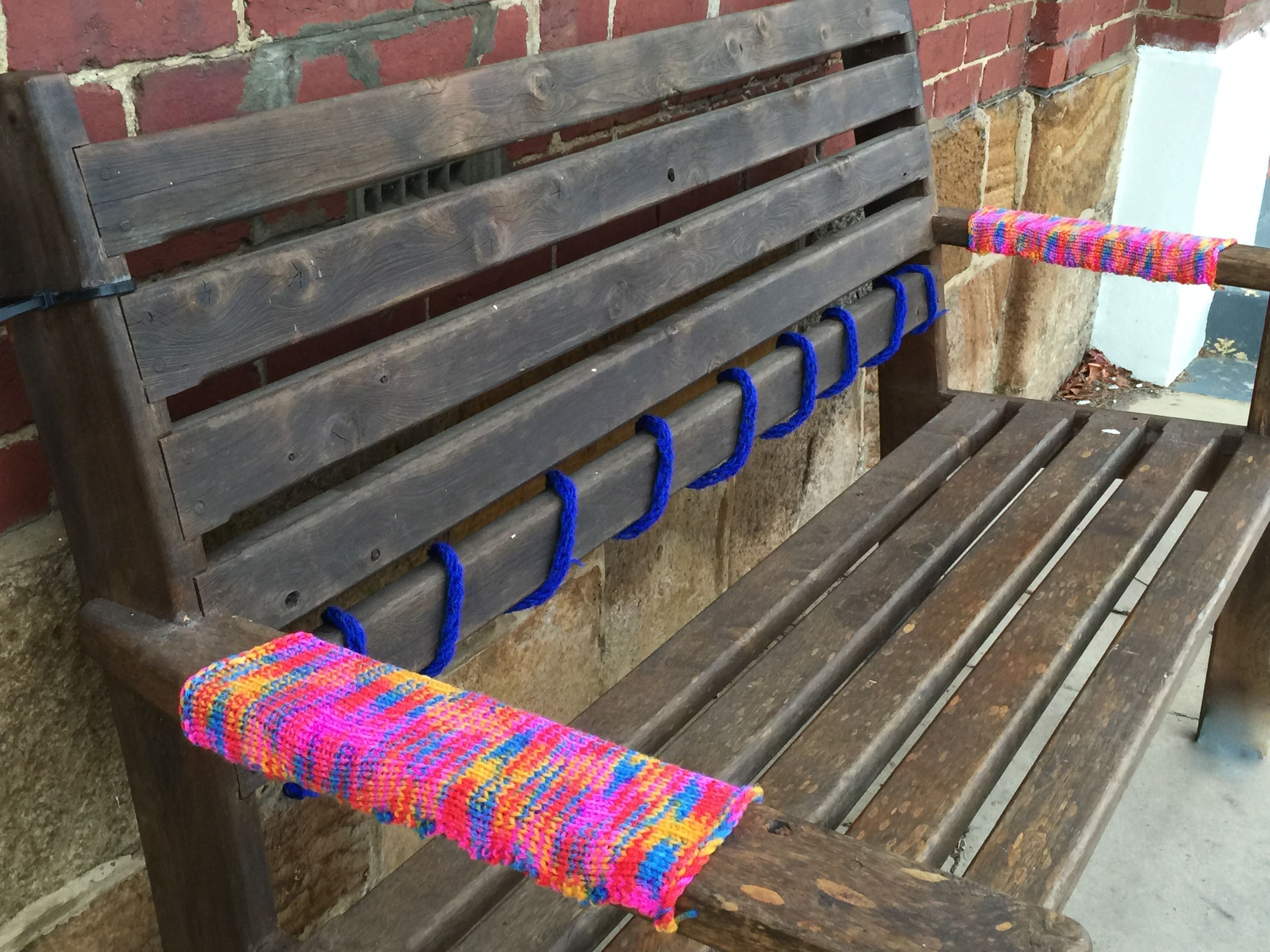 yarn bombing bench - photo #6