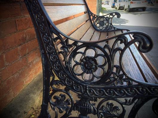 bench 12 detail