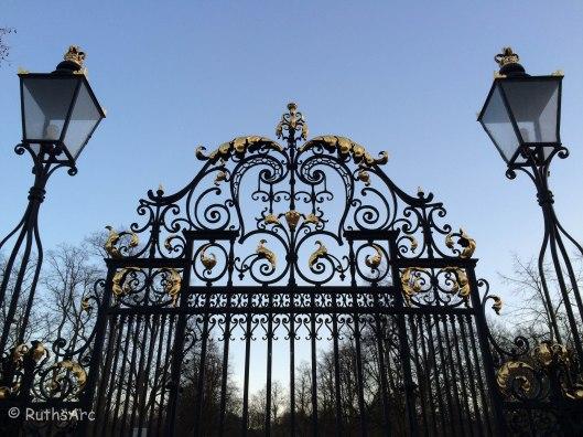 L Greenwich 2